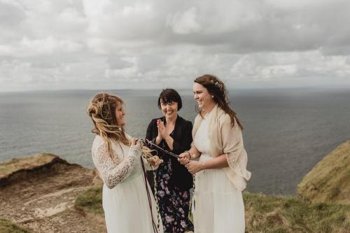 Yvonne Cassidy_Elopement at the Cliffs of MoherPhoto Credit: May22 Photography